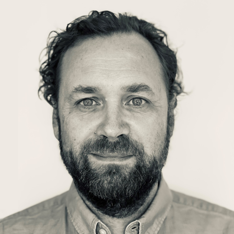 Olivier van Till MD PhD PharmMed